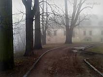 - Jesenná melanchólia - záhadná budova - 8533482_