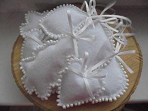 Dekorácie - Sada vianočných ozdôb - snehobiela s korálkami - 8537640_