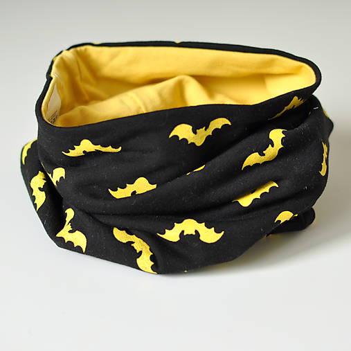 detský nákrčník netopiere