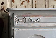 Nábytok - Patinovaná skrinka Paris grey - Predaná :) - 8539790_