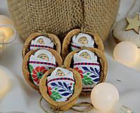 - Vianočné oriešky s bábätkom, folk stuha - 8537495_