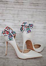 Obuv - Folk klipy na topánky biele - mašličky - 8541454_