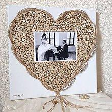 Dekorácie - Srdiečkové srdce orámované jutou - 8543018_
