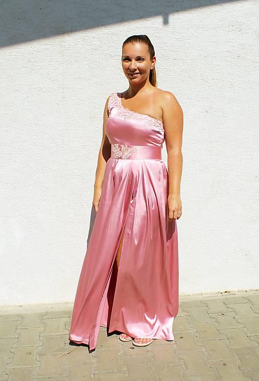 Posvadobne šaty