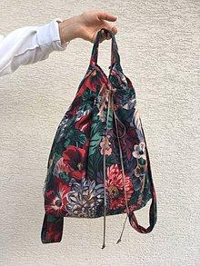 Batohy - Kvetinový upcyklovaný batoh - 8546592_