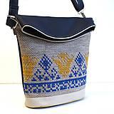 """Veľké tašky - Vyšívaná """"Modrá a zlatá"""" - 8545679_"""
