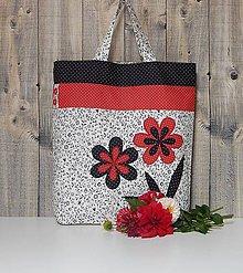 Nákupné tašky - Nákupná taška - čierno bielo červené kvety - 8544661_