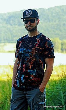 Tričká - Pánske tričko batikované, maľované  CHYTÍM ŤA - 8553522_