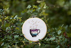 """Dekorácie - Vyšívaný kruh """"Šálka dobrej hudby"""", 13,5 cm - 8553015_"""