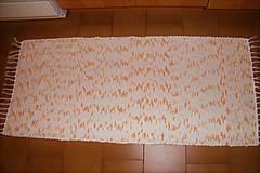 Úžitkový textil - Tkaný koberec bielo-oranžovo-jemne olivovo-zelený - 8553899_