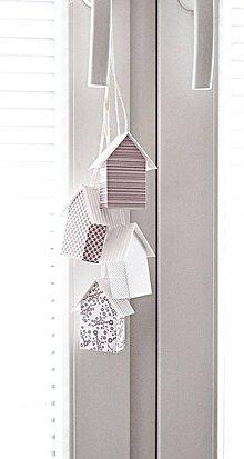Dekorácie - Závesné domčeky - ružové II - 8557497_