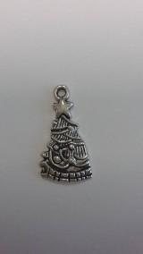 Prívesok strieborný vianočný stromček 2 x 1,3 cm