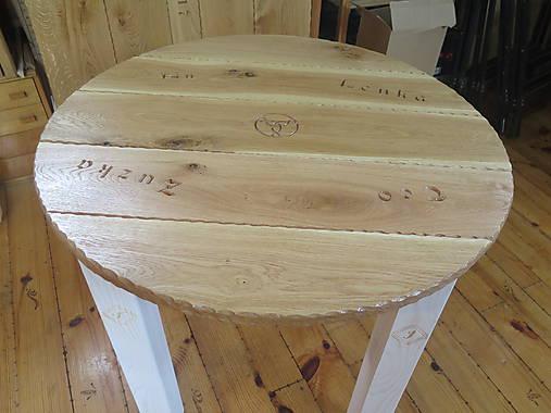 babcae31b3c7 Masívny stôl okrúhly s rezbou   drevodizajn - SAShE.sk - Handmade ...