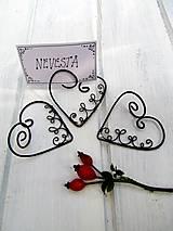 stojan ♥ na svadobné  menovky
