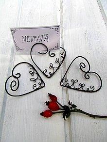 Darčeky pre svadobčanov - stojan ♥ na svadobné  menovky - 8563565_