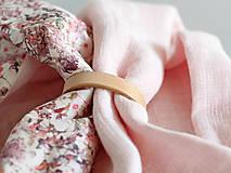 Šály - Dámsky elegantný ružový kvetinový nákrčník z ľanu - 8565643_