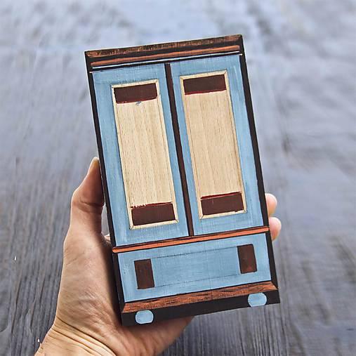Miniatúrna starožitná skrinka - Rakúsko, kópia