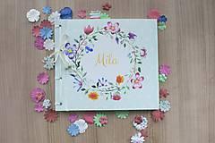 Fotoalbum klasický, polyetylénový potlačený obal s kvetinovým venčekom (alebo aj Marhuľková veselica vo veľkom)
