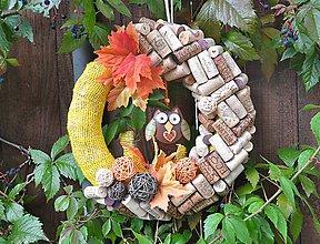 Dekorácie - jesenný korkový veniec so sovou - 8565126_