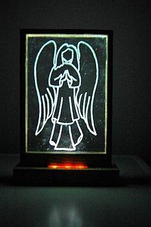 Dekorácie - Svietiaca dekorácia - Nebeský anjel - 8569390_