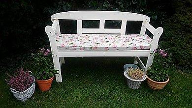Úžitkový textil - Hortenziový sedák na lavičku :) - 8569206_