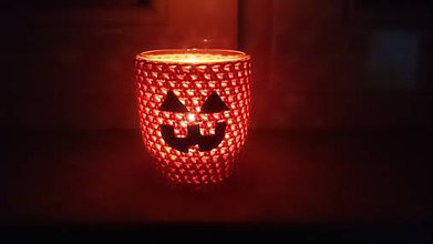 Svietidlá a sviečky - Háčkovaný svietnik Halloween - 8573065_