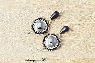 Náušnice - Náušnice so skleneným kabošonom a perlou - 8575817_
