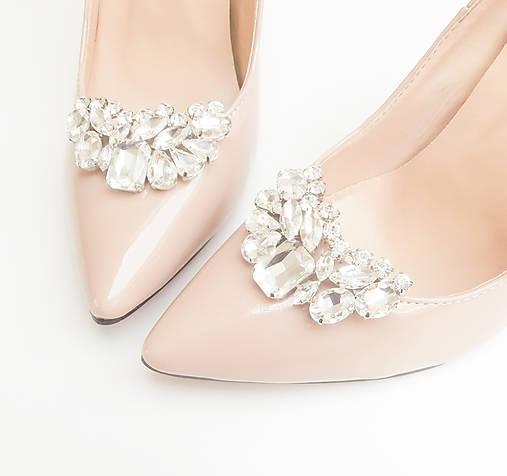 Veľké slávnostné číre štrasové brošne - klipy na topánky   Safron ... 4d6d0827a37
