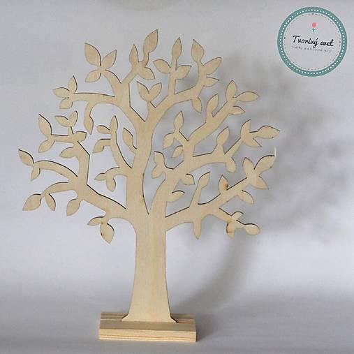 Stromček na bižutériu s listami