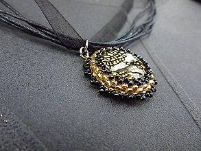 Náhrdelníky - Černozlatavý kabošon - 8580043_