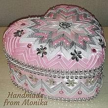 Krabičky - Ružovo-strieborná srdiečková šperkovnica - 8578504_