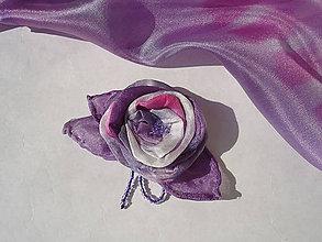 Odznaky/Brošne - Ruža..hodvábna brošnička - 8581833_