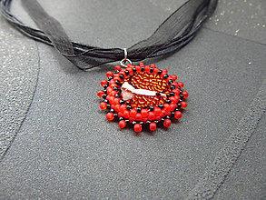 Náhrdelníky - Černočervený kabošon - 8582597_