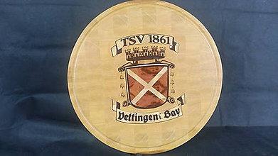 Dekorácie - Erb alebo dekoračné doska na krájanie s logom futbalového klubu Oettingen - 8580754_