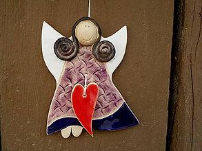 Dekorácie - Anjelik na zavesenie, veľký so srdiečkom č.24 - 8580882_