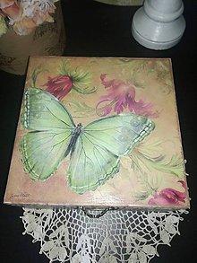 Krabičky - s motýľom - 8582991_