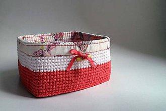 Košíky - Košík - Ružový Červený svetlý | Obšitý | Drevený gombík | Štvorec - 8584697_