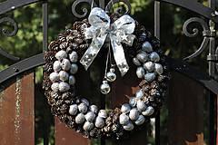 Dekorácie - Vianočný venček - 8585556_