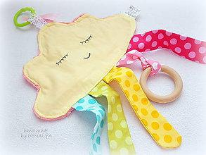 Hračky - Minky Mráčik žltý s dreveným aj plastovým hrýzatkom pre bábätko - 8588249_