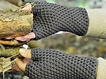 Bezprstové rukavice: hnedá
