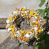 Dekorácie - Veniec z prírodných materiálov - 8588473_