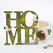 Dekorácie - HOME & family - závesný nápis pre útulnejší domov - 8590940_