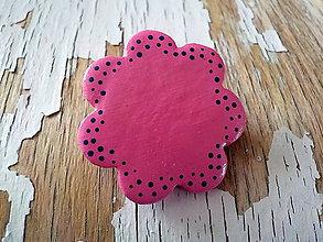 Odznaky/Brošne - AKCIA! maľovaná bodkovaná ružová brošňa-kvet - 8594000_