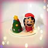 Socha - Farebný vianočný stromček a - 8594319_