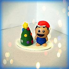 Socha - Farebný vianočný stromček a tučko - 8592633_