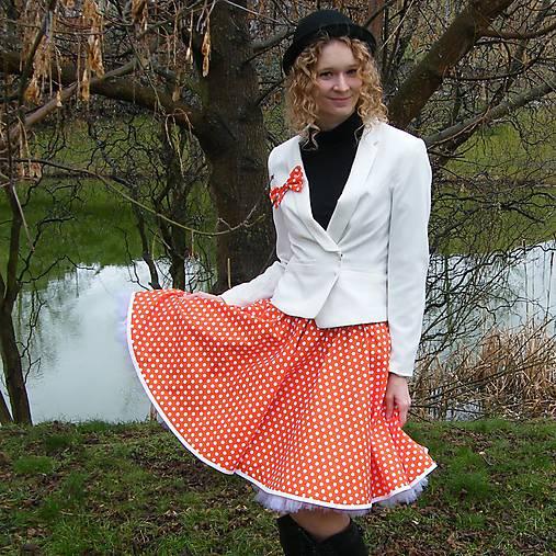 32a92b41910c Oranžová puntíkovaná kolová sukně   Princezna-Pampeliska - SAShE.sk ...