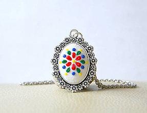 Náhrdelníky - Folk náhrdelník bielo-farebný - 8602034_