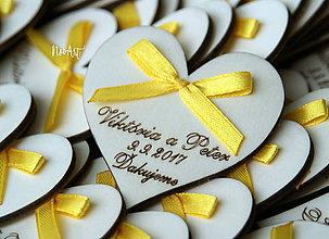 Darčeky pre svadobčanov - Svadobné magnetky srdiečko s mašličkou žltou - 8602010_