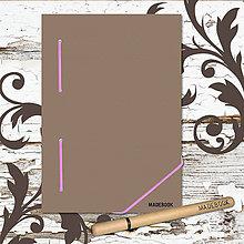 Papiernictvo - MADEBOOK kniha A5 - ružová gumička - 8599386_