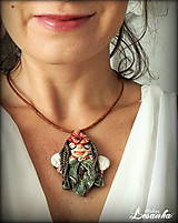 Náhrdelníky - ♥ Amulet s kvetinkovou vílou a s jaspisom ♥ - 8599589_